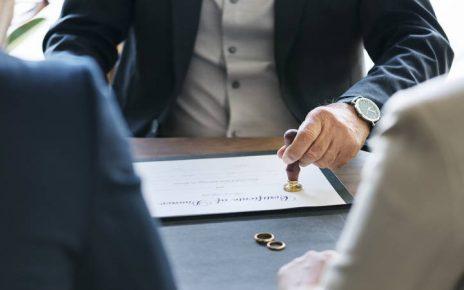 Cómo es un divorcio realizado por la notaría