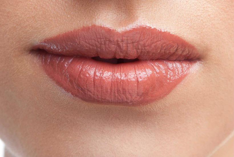 Como tratar los labios secos