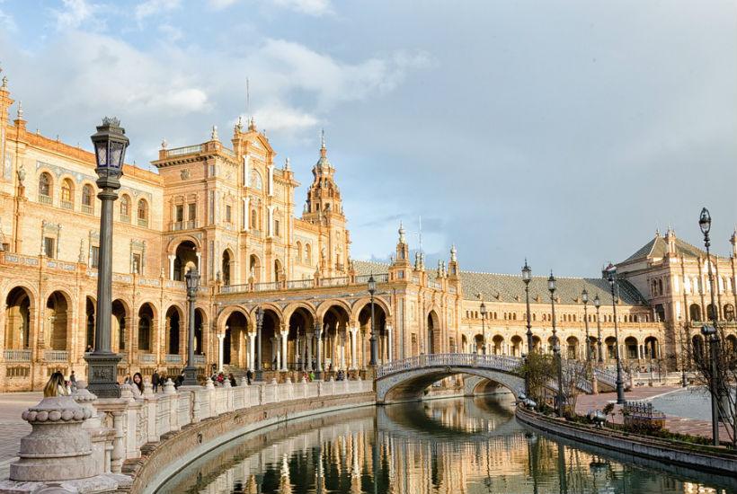 Turismo y alojamiento en Andalucia
