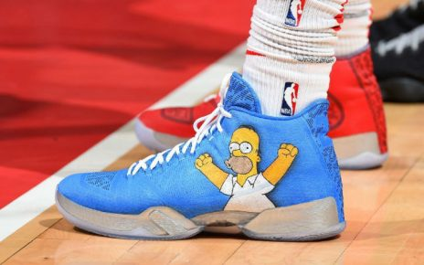 NBA elimina las restricciones de zapatillas