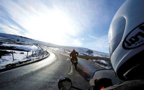 Consejos para conducir motos en invierno