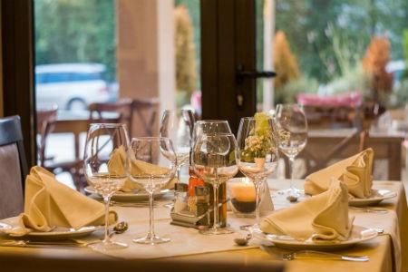 coste montar negocio restaurante
