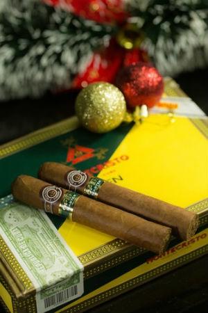 5 regalos ideales para un fumador de puros