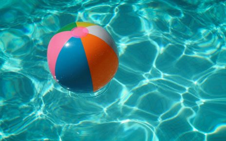 Comprar una piscina de poliester