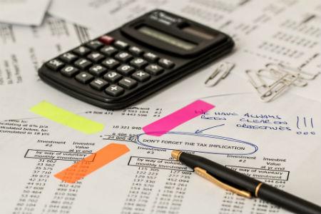 Ayuda en el control de gastos y cobros