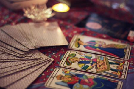 Oraciones del tarot generan cambios positivos