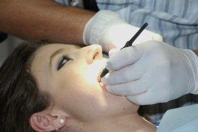 Causas para ir al dentista de urgencia