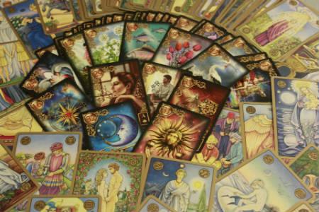 Hechizos de alejamiento en el tarot