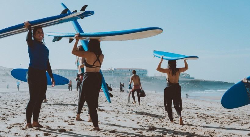 Vuelven los surf camps